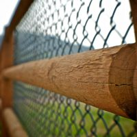 Grainy Fence | Blurbomat.com