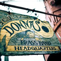 Donna's - sign - New Orleans | Blurbomat.com