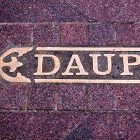 Dauph | Blurbomat.com