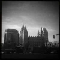 Salt Lake LDS Temple Catching Morning Rays | Blurbomat.com
