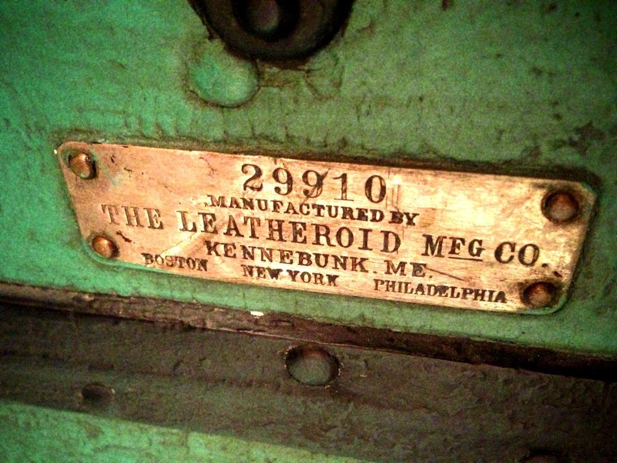 Leatheroid