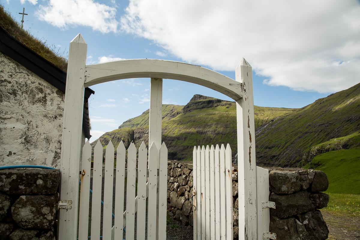 Saksun church gate, Faroe Islands - Blurbomat.com