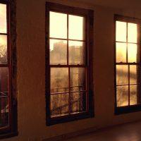 friends-work-here-windows