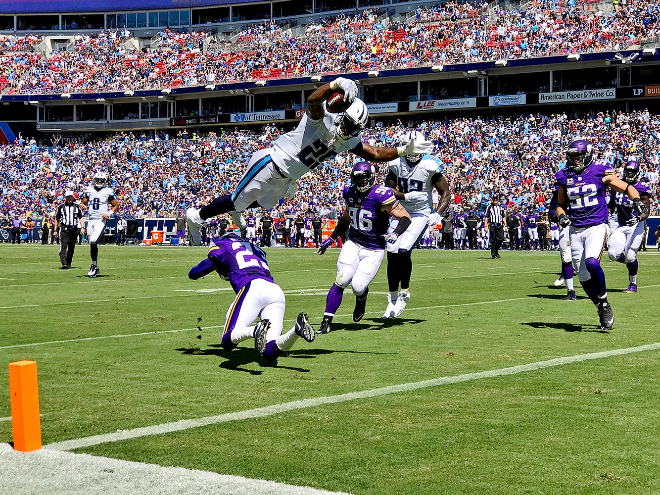 Link: iPhone 7 Plus Photos from the Titans-Vikings Game